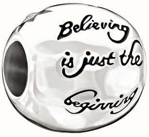 Chamilia Disney-croyant n'est que le début 2025-0871