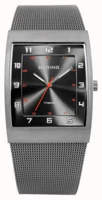 Bering Gents acier inoxydable montre analogique à quartz 11233-077