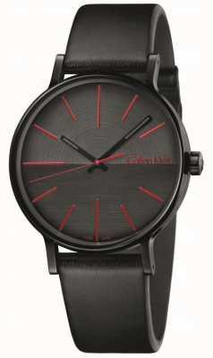 Calvin Klein Les hommes augmentent les indices rouges en cuir noir K7Y214CY