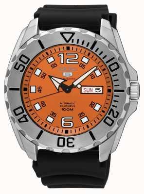 Seiko 5 date de sport des hommes et affichage de jour cadran orange caoutchouc noir SRPB39K1