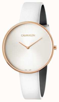 Calvin Klein Montre-bracelet pour femme pleine lune en cuir blanc K8Y236L6