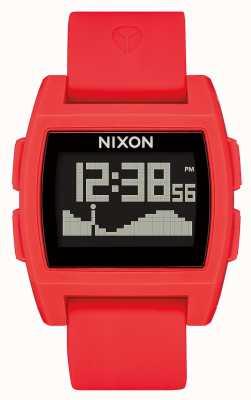 Nixon Marée de base | rouge | numérique | bracelet en silicone rouge A1104-200-00