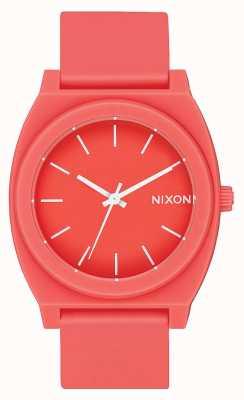 Nixon Time Teller p   corail mat   bracelet en silicone corail   cadran corail A119-3013-00